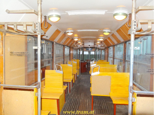 Triebwagen Type B  Nr. 71 Innenraum