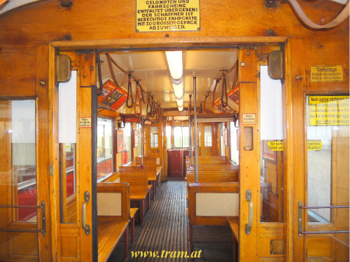 Triebwagen Type M Nr. 4048 Innenraum