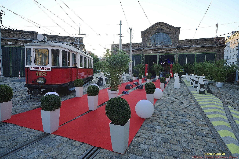 Roter Teppich für die Gäste