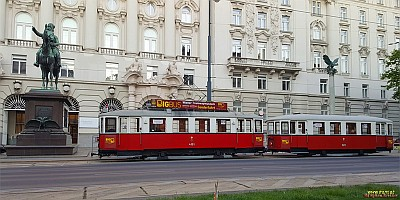 Historic Tram Sightseeing Tour